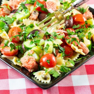 Grilled Salmon Pasta Salad